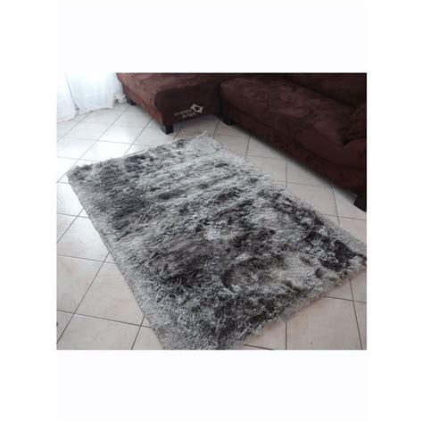 nettoyer un tapis shaggy amazing tapis shaggy gris