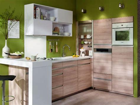 amenager cuisine 6m2 amenager une cuisine de 6m2 maison design bahbe com