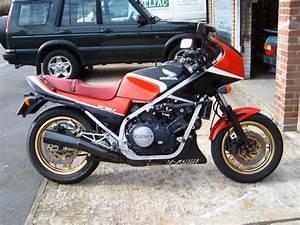 Honda Vf 750 : 1983 honda vf750s moto zombdrive com ~ Melissatoandfro.com Idées de Décoration