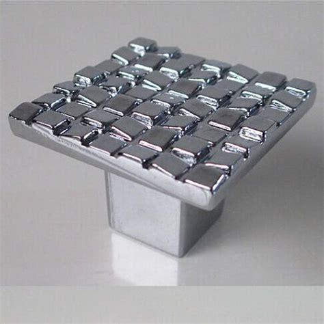 boutons de portes de cuisine achetez en gros porte de la cuisine poignées chrome en