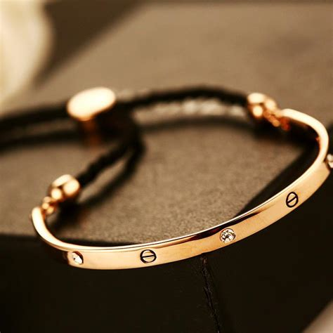 2017 New 18k Gold Bracelets For Women Fashion Jewelry. Belle Necklace. Football Pendant. Annual Calendar Watches. Mens Gold Jewellery. Sapphire And Diamond Anniversary Band. Platinum Earrings. Famous Wedding Rings. South Sea Pearl Earrings