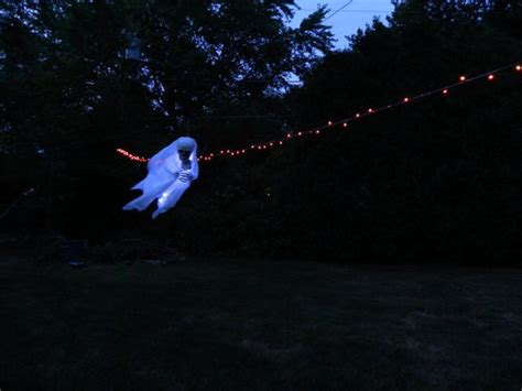 Flying Ghost  Flyingdecorcom Flying Ghost That Flashes