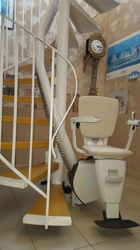 chaise monte escalier création de monte escalier dans une maison à albi dip