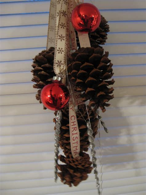 the life of faith christmas pine cone decoration