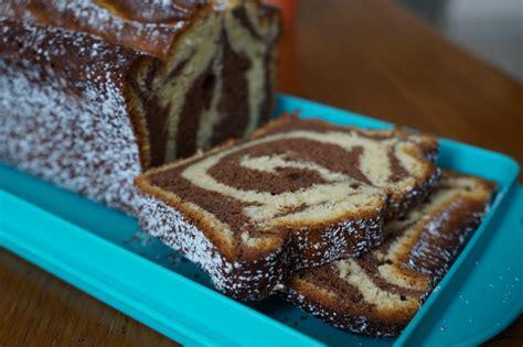 dessert chocolat blanc et noir cake chocolat blanc et noir recette de cake cakesandsweets fr