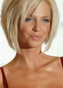 Coupe Cheveux Visage Ovale : 38 coupe de cheveux pour visage ovale femme de 50 ans ~ Melissatoandfro.com Idées de Décoration