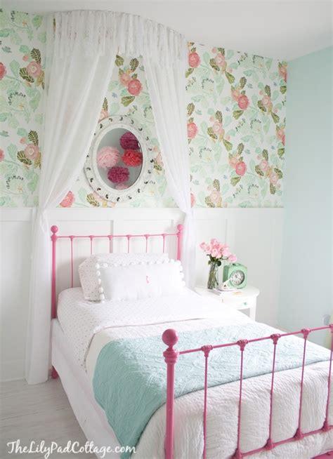Girly And Sweet Big Girl Bedroom Design Inspiration