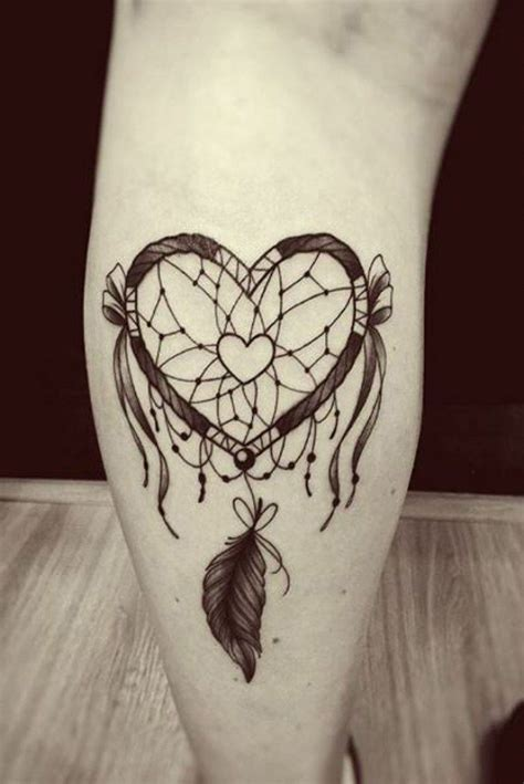 attrape reve tatouage tatouage cuisse femme attrape reve