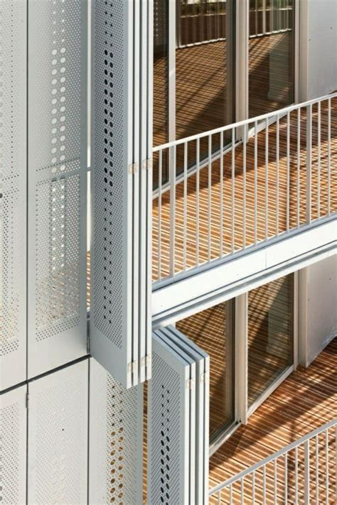 Moderne Häuser Balkon by Balkon Seitensichtschutz Verstecken Sie Sich Mit Stil