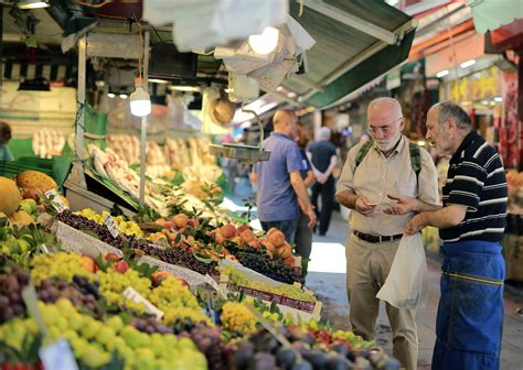 Latest Data Fuels Fears Over Turkey's Economy   Voice of ...