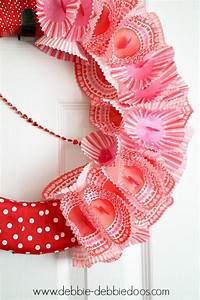Valentine Ribbon cupcake liner foam wreath - Debbiedoos