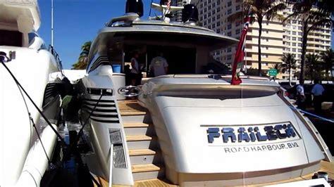 Miami International Boat Show Youtube by 2011 Boat Show Miami Beach Youtube