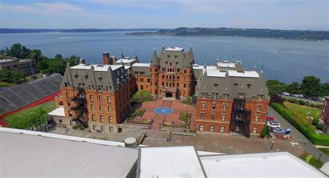 Most Beautiful High Schools In The World 2018, Top 10 List