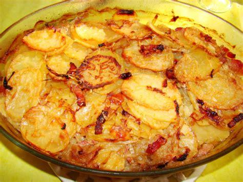 comment cuisiner des pommes de terre recette pommes de terre à la boulangère 750g