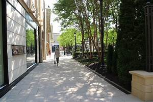 Stony Point Fashion Park to be sold in $1.4B deal ...