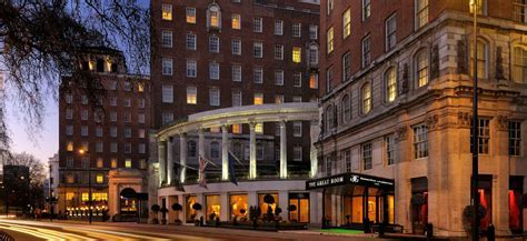 Review: Executive Lounge at Grosvenor House London, a JW