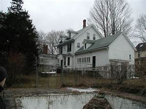 Redesigning, A, 1890s, House, In, Massachusetts
