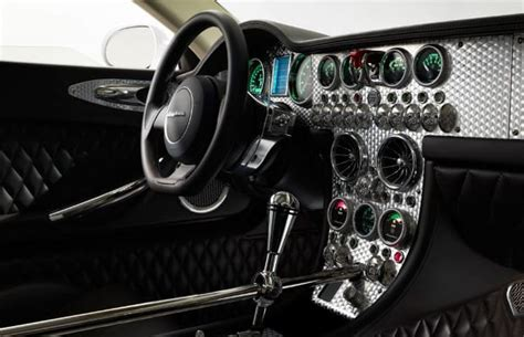 Super Car Dashboard Design User