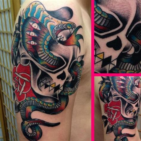 schulter schlangen  school totenkopf tattoo von avinit