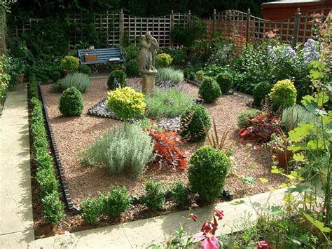 Small Garden Design Gallery Of Work By Creative Landscapes