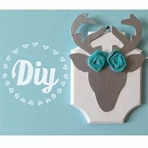 Diy cute affordable deer wall decor room