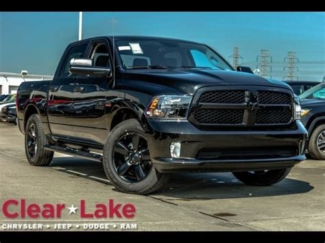 New 2018 RAM 1500 Express Crew Cab in Webster #JS122628