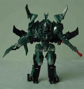 Transformers 3 - Voyager class Megatron Toy
