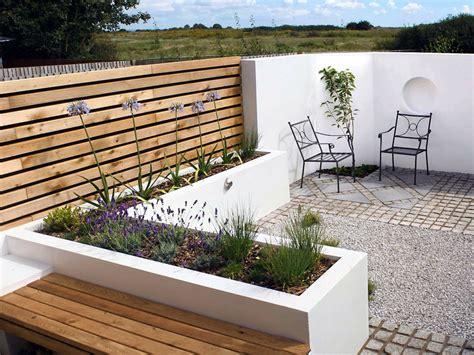 Contemporary bed designs, contemporary courtyard garden