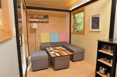 square feet toybox home design swan