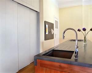 wohnkuche im berliner zimmer aus platane und beton With arbeitsplatte küche berlin