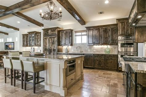 35 Luxury Mediterranean Kitchens (design Ideas. White Sitting Room Furniture. Pool Room Design. Sitting Rooms With Fireplaces. Designs For Family Rooms. Living Room Best Designs. Tension Wall Room Divider. Game Room Floor Plans. Stanford University Dorm Rooms