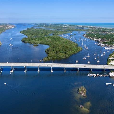 hotels  boat docks   smyrna beach florida usa