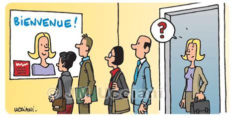 bureau de poste horaire jm ucciani dessinateurmanagement dessins de communication