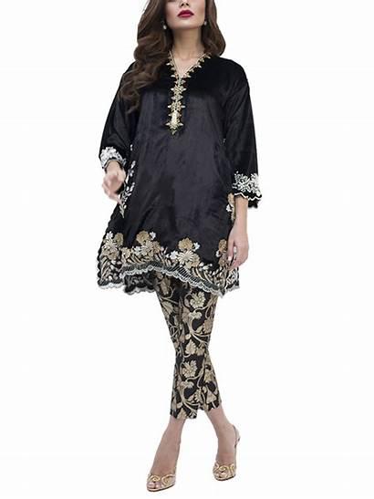 Velvet Embroidered Pakistani Zardoze Studiobytcs Sania Maskatiya