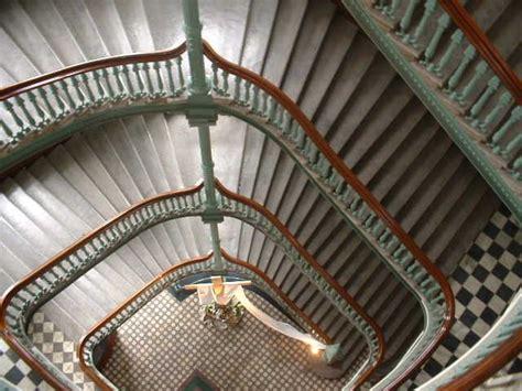 ambiance cuisine organisation deco escalier