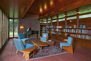 Frank Lloyd Wright Homes - The Apprentice and The Journeyman