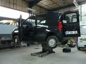 Garage Renault Grenoble : carrosserie vitrage auto tullins chirolles grenoble ~ Melissatoandfro.com Idées de Décoration