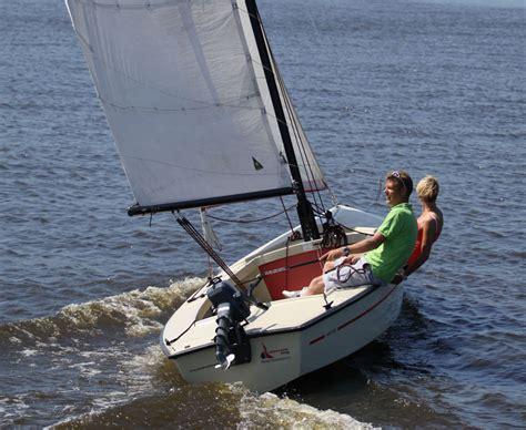 Valk Zeilboot by Polyvalk Huren Ottenhome Heeg