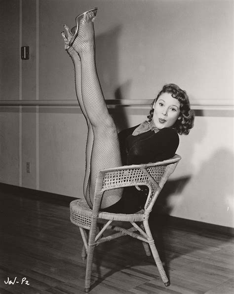 pin ups  famous actresses  hollywoods golden age