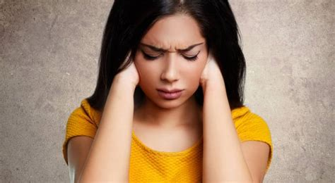 real women reveal  anxiety feels  thehealthsitecom