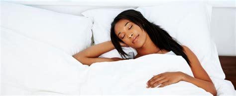Dormir Avec Plusieurs Oreillers by 11 Habitudes N 233 Fastes Qui Nuisent 224 Votre Sommeil
