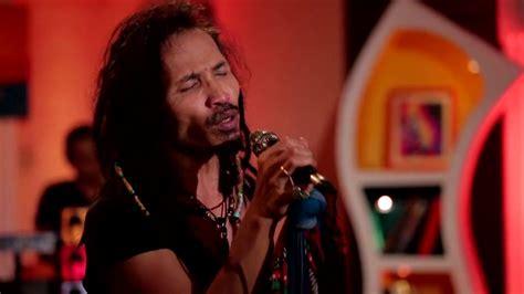 Sahabat Kecil (live At Music Everywhere