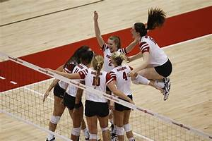 Volleyball: Wisconsin heads to Kansas State for weekend ...