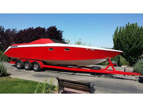 Donzi Boats For Sale California by 1990 Donzi Z33 Powerboat For Sale In California