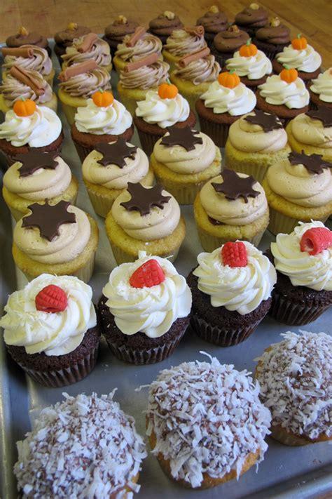 mmmmyummy cupcakes zingermans bakehouse