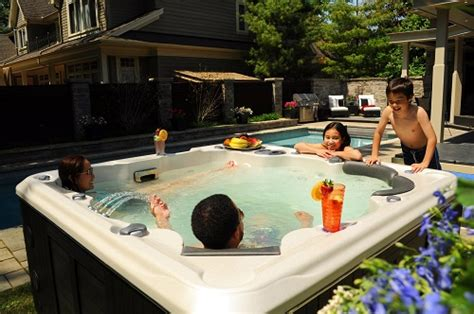 6 person tub 6 person tub self cleaning 670 spa by hydropool