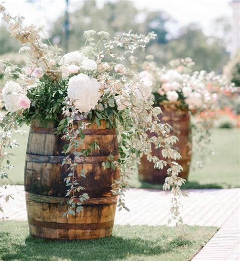Outdoor Wedding Decorations by 24 Outdoor Wedding Decoration Ideas Elegantwedding Ca