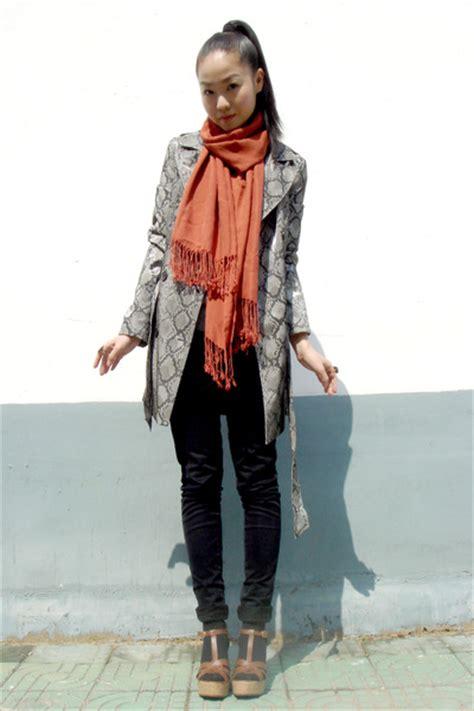 Snakeskin Coats Shoes Black Jeans Scarves