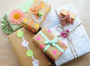 Comment Emballer Un Cadeau : emballer un cadeau les secrets de l 39 emballage parfait ~ Melissatoandfro.com Idées de Décoration