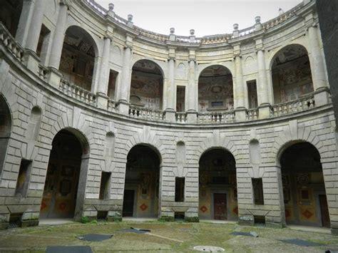 cortile palazzo farnese veduta dell interno palazzo verso il cortile circolare